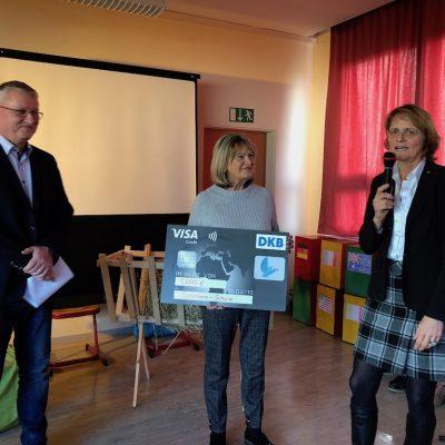 friedensplakatwettbewerb und salzmannschule lions club. Black Bedroom Furniture Sets. Home Design Ideas